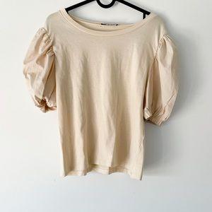 Puff sleeves top